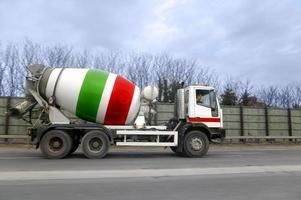 caminhão de cimento foto