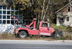 caminhão de reboque degradado foto
