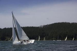 barco à vela, vida no lago em vichuquen chile