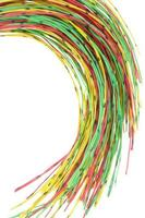 computador multicolorido e cabo de telecomunicações foto