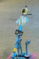 foguetes de água disparados na base foto