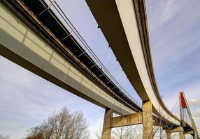 laje de aproximação de ponte de skytrain foto