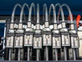 válvulas solenóides com tubos