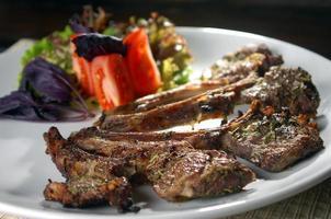 prato de carne foto