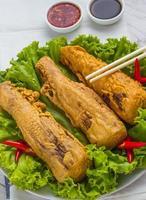 brotos de bambu frito foto