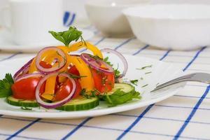 salada vegetariana de três legumes foto