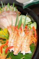 sashimi de camarão foto