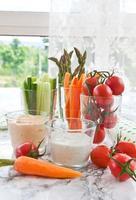 palitos de vegetais frescos foto