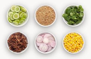 composto com variedades de ingredientes foto