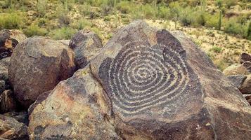 petroglifos do nativo americano foto