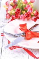 configuração de tabela de férias românticas, close-up foto