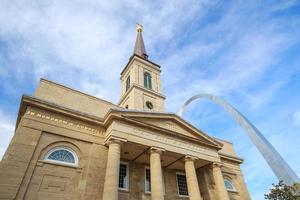 a antiga catedral da basílica st. Louis foto