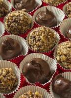 trufas de chocolate caseiras foto