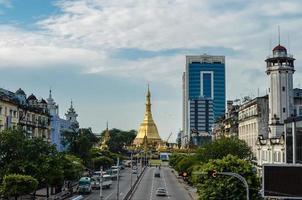 pagode sule, yangon, myanmar foto
