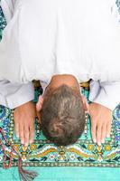 muçulmano rezar foto