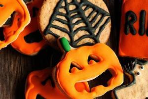 biscoitos caseiros de gengibre de halloween foto