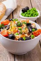 salada de arroz foto