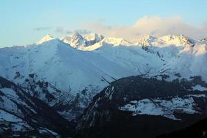 paisagem de montanhas foto