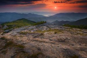 paisagem de planalto de montanha de manhã