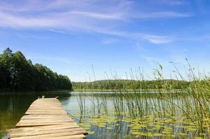 Lake Perty. Parque da paisagem suwalki. foto