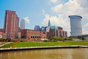 Rio Cuyahoga em Cleveland foto