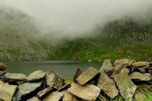 lago de cabra - lago de montanha