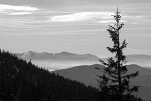montanhas no inverno