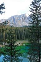 Carezza Lake foto