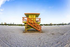 torre de guarda vida em south beach, miami, flórida foto