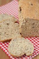 pão caseiro de avelã foto