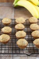 mini banan muffins foto