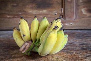 bananas amarelas frutas foto