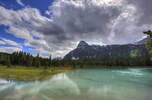 montanhas rochosas, colúmbia britânica, canadá.