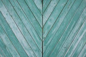 textura de madeira verde grunge com listras diagonais foto
