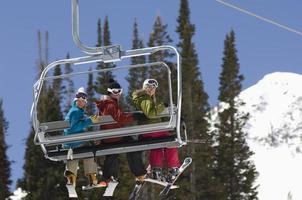 esquiadores foto