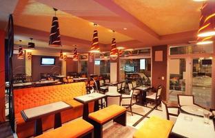 interior do restaurante foto
