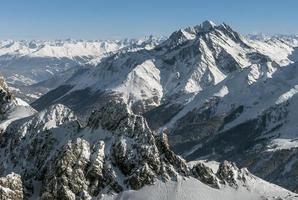 os Alpes em st. anton (áustria) foto