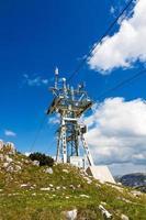 torre de cabo de teleférico foto