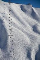 teleférico na estância de esqui krasnaya polyana, rússia