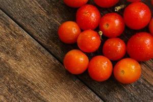 tomate cereja foto