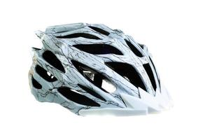 capacete de bicicleta de montanha, isolado no fundo branco foto