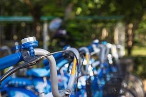 sino em bicicleta em khonkaen foto