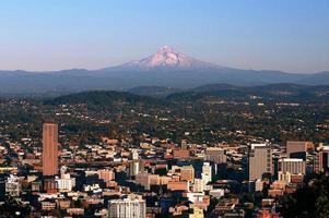 Portland e MT. de capuz foto