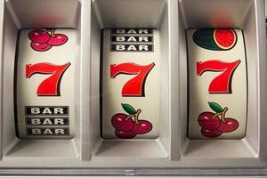 jachpot com três vezes 7