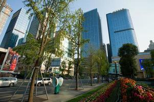 Praça Tianfu, centro de negócios em chengdu, china. foto