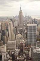 manhattan com o empire state building em nova york cit foto