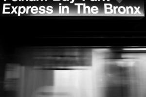nova york, trem do metrô para o bronx