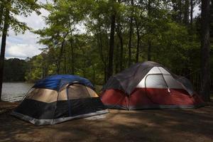 viagem de acampamento foto