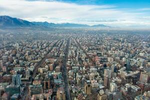 santiago do chile de alta altitude. paisagem urbana de santiago foto
