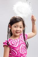 criança com fundo de varinha mágica / criança com varinha mágica foto